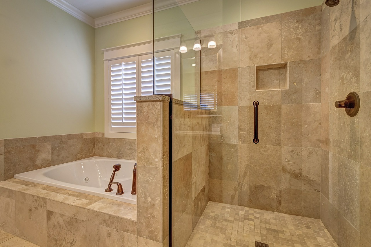 Badewanne Und Duschkabine Nebeneinander