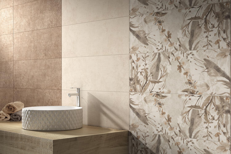 Badezimmer-mit-Waschbecken-Wandfliesen-Waschschale-Waschtisch